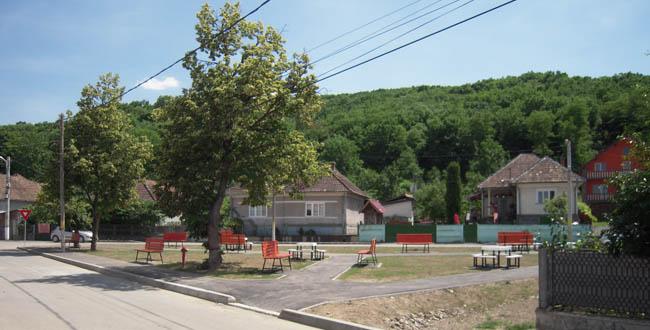 Parc reabilitat complet aflat la intersecţia străzilor T. Vladimirescu şi V. Alecsandri