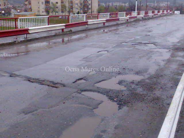 Podul rutier de peste Mureş
