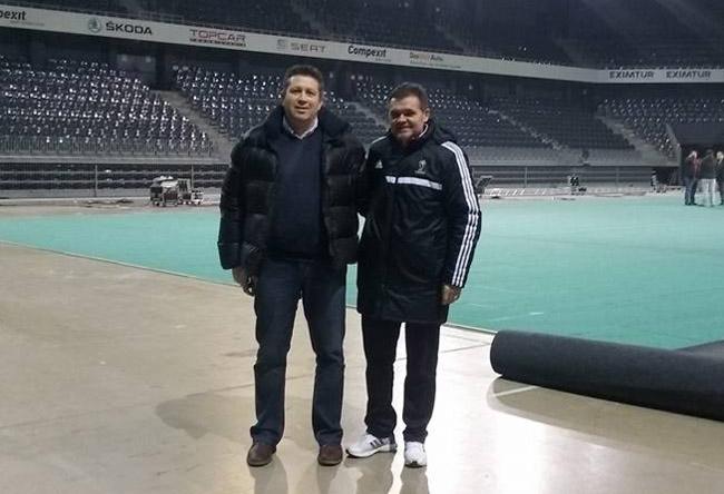 Fostul albitru FIFA România, Sorin Corpodean alături de Directorul CS Ocna Mureş, Marius Stîncel