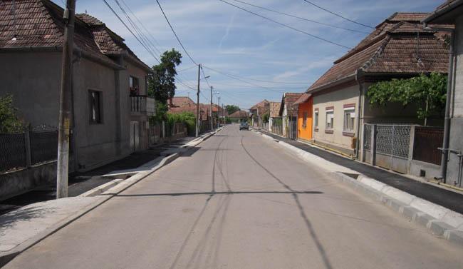 Strada din Ocna Mureş modernizată 2013